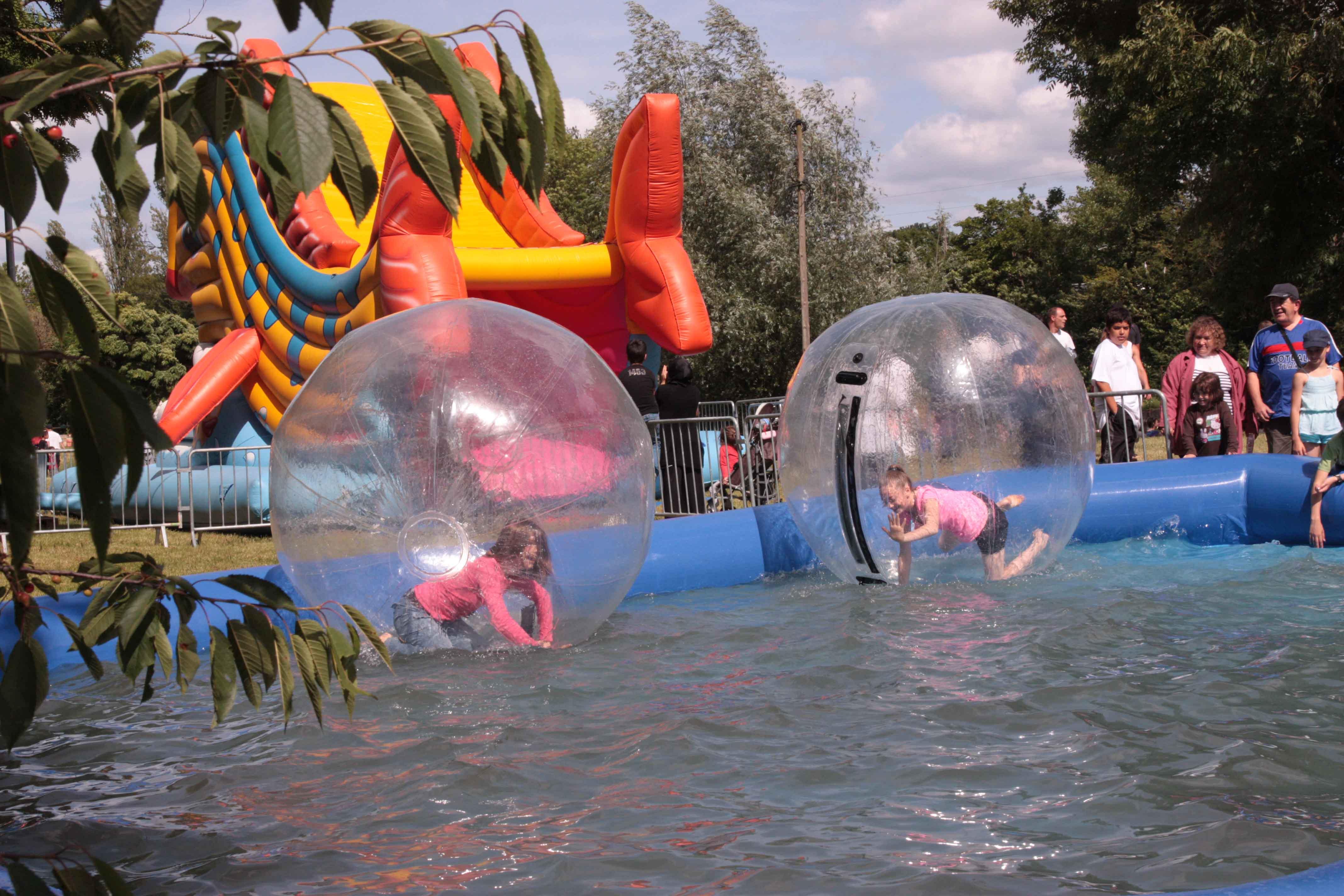 Water Balls Bulles sur l'eau à louer